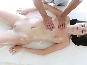 Bikini Teen Has A Perfect Body For Erotic Massage