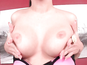 Pleasure For A Pierced Pussy Babe That Moans