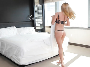 Milf  Makes A Booty Call And Gets Pounded