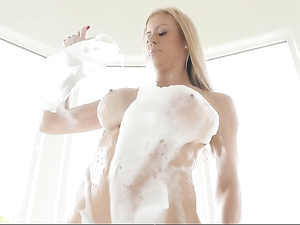 Pounding Hot Mommy Alexis Fawx In Her Wet Cunt