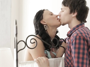 Gorgeous GF Seduces Him With Hot Sucking And Sex