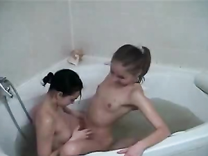 College Teen Kissing Session In The Bathtub