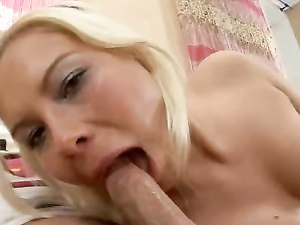 Confident Cock Slut Eagerly Rides Him With Her Ass