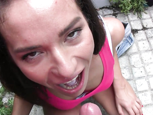 Cumshot In Her Mouth After A Hot Public Fucking