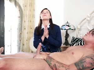 Virgin Gives Him Her Asshole Instead Of Her Pussy